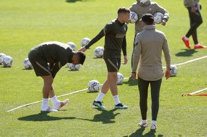 Luis Suárez sufre una lesión muscular en la pierna izquierda