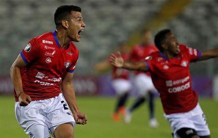 1-2. El Wilstermann se mete en la fase de grupos de la Sudamericana, gracias a Meleán y Osorio