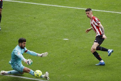 0-0. El Athletic se estrella con Pacheco y Calleja suma en su debut