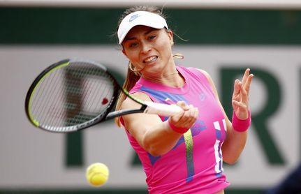 Badosa supera a Barty y jugará la semifinal ante la rusa Kudermetova