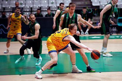 84-103. El Herbalife Gran Canaria supera al Joventut en juego y ambición