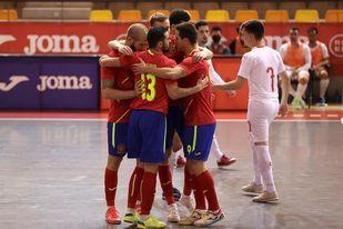 14-0. España rubrica el pleno de victorias con otra goleada