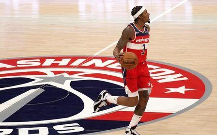 121-125. Wizards cortan a Jazz racha de 24 triunfos seguidos en su campo