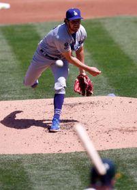 7-0. Bauer domina con su serpentina a los Rockies y se apunta el triunfo de los Dodgers