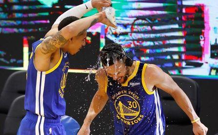 109-147. Curry encabeza otra exhibición encestadora con 42 puntos
