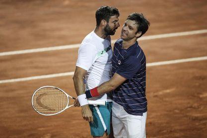 Granollers y Zeballos, a semifinales de dobles tras derrotar a Garín y Pella