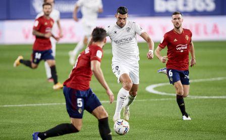 Dos clubes presumen de ser la prioridad de Rafa Mir, objetivo de Betis y Sevilla