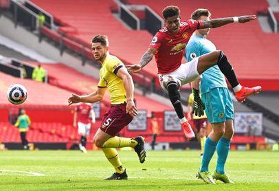 Greenwood y Cavani desatascan al United
