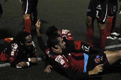 Un contundente Alajuelense golea al Saprissa en el clásico nacional