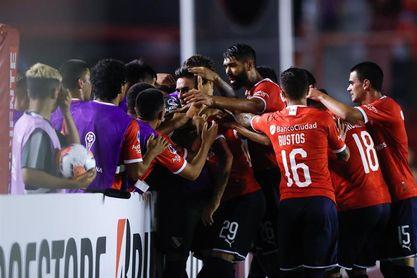 1-3. El Independiente se impone al Guabirá con un triplete de Jonathan Herrera