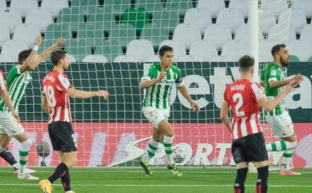 Un club de LaLiga puja por Mandi... y no es el Atlético