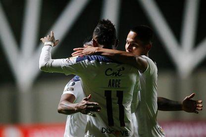 Liga de Quito y Vélez Sarsfield, a ganar o ganar por el Grupo G en Ecuador