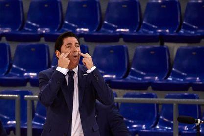 """Xavi Pascual: """"Sigue siendo casi imposible ganar tres partidos a este Barça"""""""