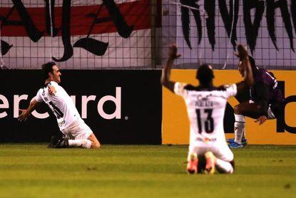 3-1. Liga vence a Vélez con goles del colombiano Martínez Borja y del uruguayo Zunino