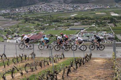 Sagan vuelve por sus fueron en Romandía, Dennis sigue líder