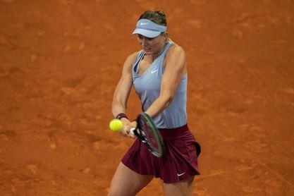 Paula Badosa pasa a segunda ronda con una victoria de mérito sobre Krejcikova
