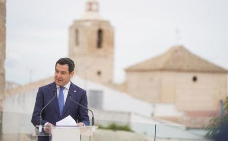Récord de vacunas en Andalucía y undécimo día de bajada