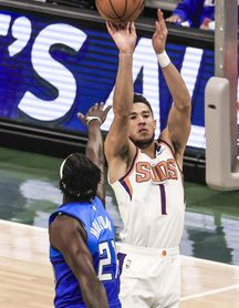 121-100. Booker y los Suns derrotan a los Jazz y comparten liderato en el Oeste
