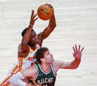 135-103. Capela lidera ataque balanceado y ganador de los Hawks ante los Suns