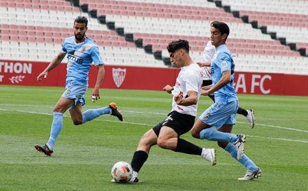Sevilla Atlético 3-1 RB Linense: El SAT gana y es de Primera RFEF.