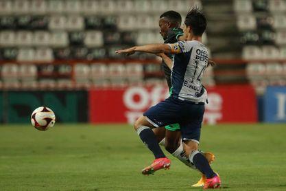 El punta colombiano Juan Otero sufre lesión en la rodilla derecha