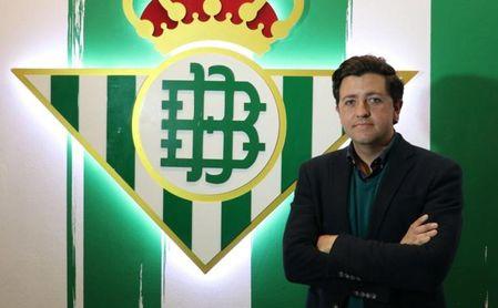 Calzado: Raúl como delantero del Betis, Paul, Rodri, Luis Martínez, Cordón...