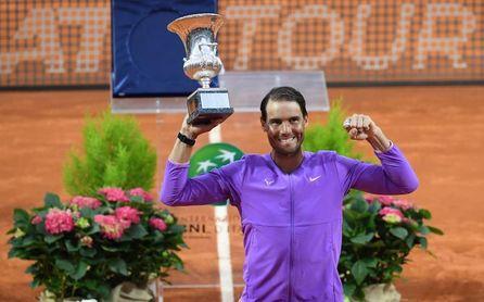 Nadal sigue tercero en el ránking mundial tras su décimo título en Roma