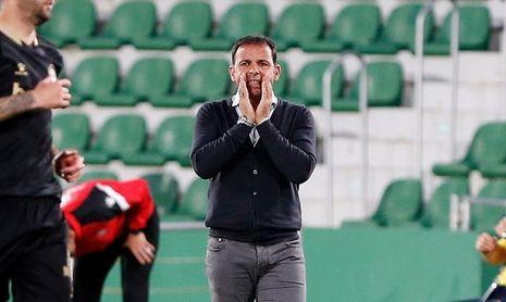 Calleja, dos temporadas más en el Alavés
