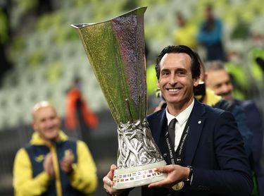 Roig y Emery coronan rey europeo al Villarreal