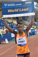 El keniano Cheruiyot marca territorio en los 1.500