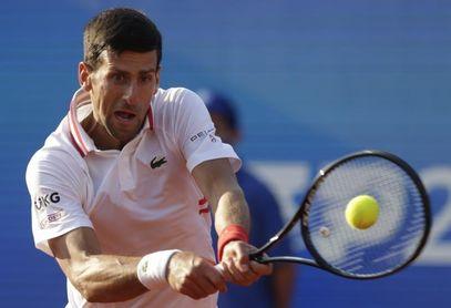 Djokovic vence a Martin y ya espera rival en la final