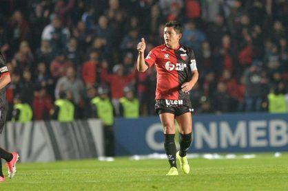 Colón vence a Independiente y jugará la final ante Racing