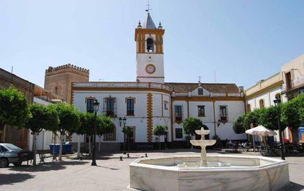 Sale Lora, cierra La Algaba, 16 pueblos afectados en Sevilla...