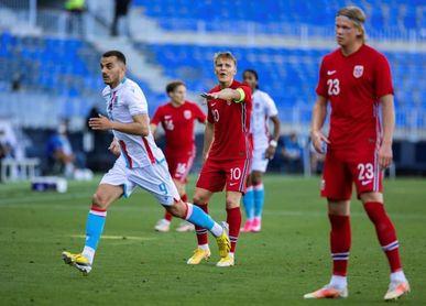 1-0. Haaland rescata a Noruega en la prolongación, en su vuelta a La Rosaleda