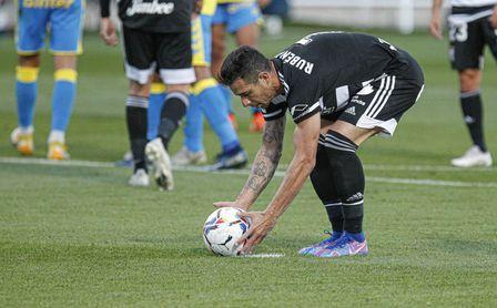 Cádiz y Getafe se interesan por Rubén Castro.
