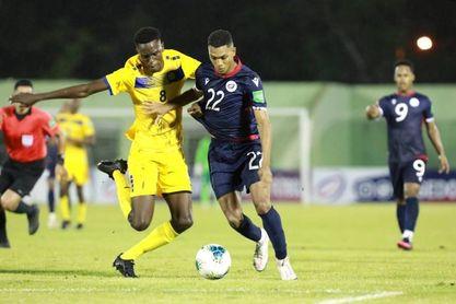 1-1. República Dominicana complica sus opciones al empatar con Barbados
