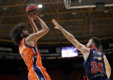 78-73. Valencia gestiona mejor su energía y alcanza las semifinales