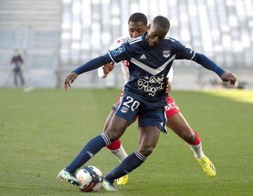 El senegalés Sabaly será presentado el martes como nuevo jugador del Betis