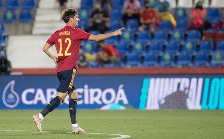 4-0: La sub 21, mejor que los mayores, golea en el debut de Miranda (con golazo) y Pozo