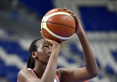 Quevedo y Nogaye Lo, últimos descartes de Mondelo para el Eurobasket