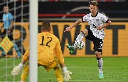 """Vogts pide a Kimmich en el centro para evitar que Francia """"arrase"""" a Alemania"""