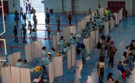 Andalucía permite desde este martes pedir cita a los menores de 40 años para vacunarse.