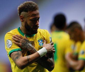 Neymar dirige la orquesta de Brasil y queda a 10 goles de la marca de Pelé
