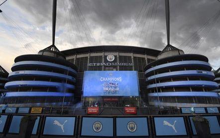 Los clubes reducen su beneficio por primera vez en la era Premier League