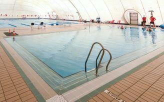 El Ayuntamiento invierte 1,2 millones en la piscina del Centro Deportivo Torreblanca.
