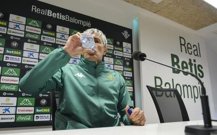 """Setién, Don Erre que erre: """"Ir a una rueda de prensa en Sevilla es muy duro"""""""