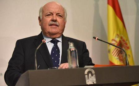 Andalucía baja 28 hospitalizados hasta 646 y los ingresos en UCI caen a 141, 15 menos en una semana