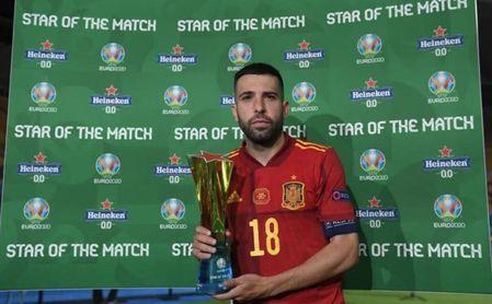 Jordi Alba, elegido mejor jugador del partido.