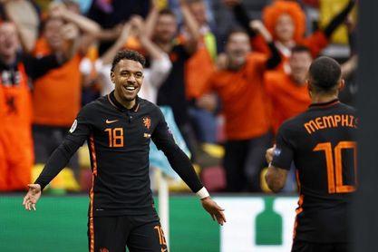 3-0. Países Bajos presenta sus credenciales al título