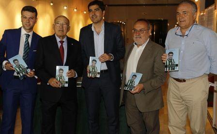 Ángel Haro destaca el legado internacional de Luis del Sol, primer exportador de la 'marca Betis'